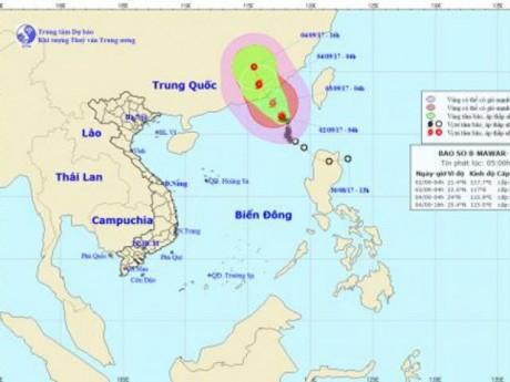 Tin mới thời tiết 2/9: Bão số 8 đang mạnh thêm, Biển Đông có gió giật cấp 13