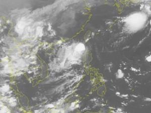 Xuất hiện cơn bão số 9 trên biển Đông, miền Bắc mưa lớn từ tối nay