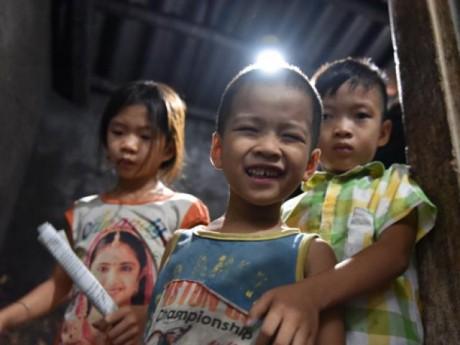 Cuộc sống cơ cực của người mẹ sinh 14 đứa con, có 7 lần đẻ rơi ở Hà Nội