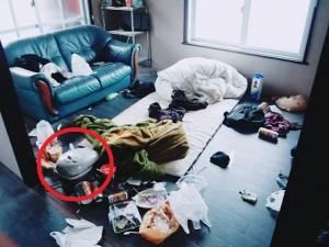Phát hoảng với căn nhà ngổn ngang tưởng bị trộm vào, ai ngờ chỉ vì quá bẩn