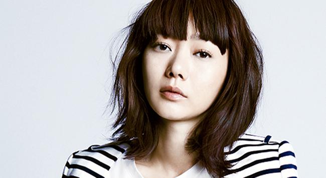 Bae Doo Na cũng từng thử sức với vai diễn là giáo viên trong Cao thủ học đường.