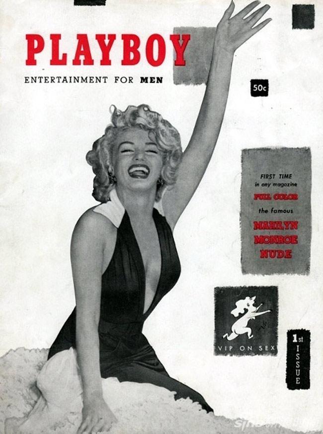 Năm 1953, người đẹp tóc vàng Marilyn Monroe xuất hiện trên ấn phẩm Playboy số đầu tiên. Biểu tượng sexy thế kỷ 20 khoe vẻ gợi cảm trong bộ bikini liền tối màu.