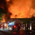 Tin tức - Chưa rõ nguyên nhân hai vụ cháy lớn tại Hà Nội