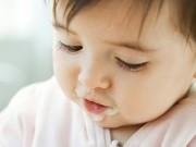 Làm mẹ - Sai lầm khi cho con ăn sữa chua người lớn
