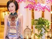 Người mẫu - Cao Thùy Linh tươi xinh với váy họa tiết độc đáo