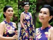 Thời trang - Diễm My U50 vẫn trẻ trung nhờ họa tiết hoa lan