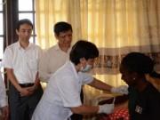Bộ Y tế đẩy mạnh giám sát khách nhập cảnh từ vùng Ebola