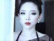Làng sao - Tóc Tiên khoe vẻ gợi cảm trong MV mới