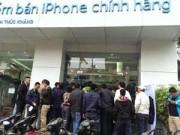 Góc Hitech - iPhone 6 chính hãng 'cháy hàng' trong ngày đầu mở bán