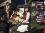Xem & Đọc - Việt My được đoàn phim tổ chức sinh nhật
