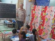 Giáo dục - Bán đất gia tiên, thuê nhà trọ dạy học miễn phí
