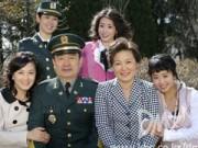 """Người nổi tiếng - Những """"Bà mẹ quốc dân"""" đáng kính nhất màn ảnh"""