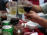 Mua sắm - Giá cả - Lùi thời điểm tăng thuế rượu, bia
