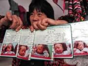 Tin quốc tế - Cuộc sống của gia đình nghèo có 5 bé sinh năm