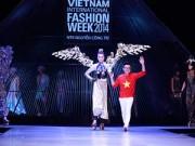 Sự kiện thời trang - Thế giới ảo đầy cảm xúc từ BST No.8 của Công Trí