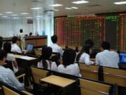 Nhà đầu tư dè dặt, cổ phiếu BĐS vẫn nóng