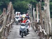 Tin tức - Nha Trang: Giữa thành phố, qua cầu mà run