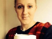 Mang thai 6-9 tháng - Mẹ bầu nghén: Mỗi ngày ăn hết 1 cuộn giấy vệ sinh