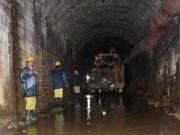 Tin nóng trong ngày - Sập hầm thủy điện, 12 người thoát chết kỳ diệu
