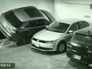 """Clip Eva - Đỗ xe vào chỗ hẹp một cách """"bá đạo"""""""