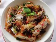 Bếp nhà tôi  - Salad gà cay cả ngày ngon miệng