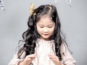 Làm mẹ - Ảnh Noel cực xinh của mẫu nhí Việt top 10 thế giới