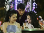 Làng sao - Công Vinh - Thủy Tiên đi ăn cùng bạn bè ngay sau đám cưới