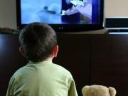 Nhà đẹp - TV màn hình rộng, gia chủ mệnh Hỏa gặp điều thị phi