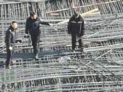 Tin tức - TQ: Sập giàn giáo xây dựng trường, 10 người tử vong