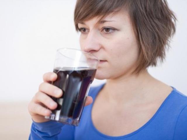 Nước ngọt làm tăng nguy cơ bệnh tim, đái tháo đường, gút