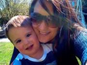 Tin tức - Anh: Mẹ bị phạt tù 5 năm vì mải mê Facebook, con chết đuối