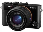 Sony RX1R II: Cảm biến full-frame, lấy nét 399 điểm