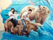 Oanh Yến cùng bạn trai đưa 2 con đi xem phim