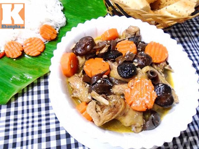 Ngon cơm với gà nấu nấm
