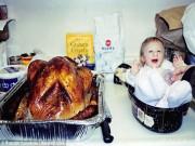 Làm mẹ - Bé gái kỳ lạ: 1 tuổi không lớn bằng con gà quay