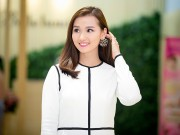Làng sao - Lã Thanh Huyền khoe nhan sắc rạng rỡ tuổi 30
