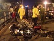 Clip: Taxi bị truy đuổi trước khi gây tai nạn liên hoàn