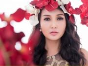 Làng sao - HH Sương Đặng đẹp tựa nữ thần với đầm hoa hồng