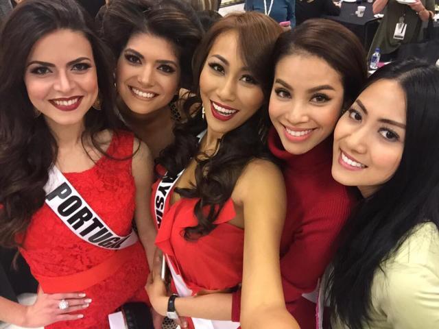 Phạm Hương xinh đẹp lấn lướt các hoa hậu châu Á