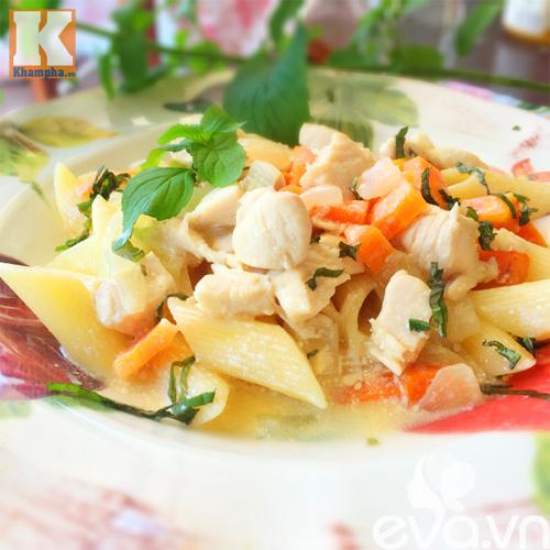 Mỳ nui sốt gà bơ và rau củ siêu hấp dẫn-Bếp Eva
