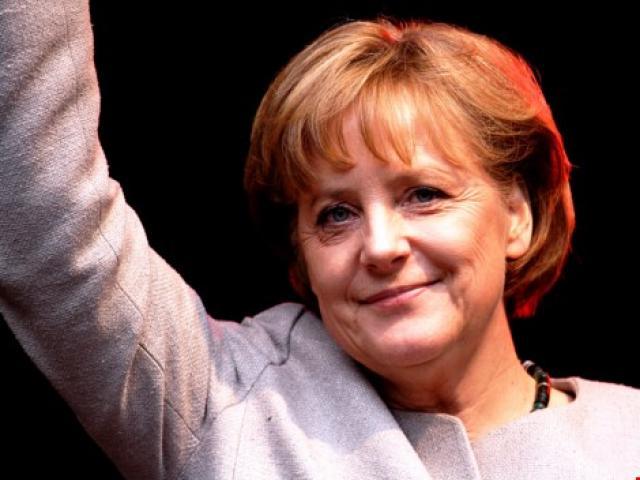 Những cú hích của 'bà đầm thép' châu Âu