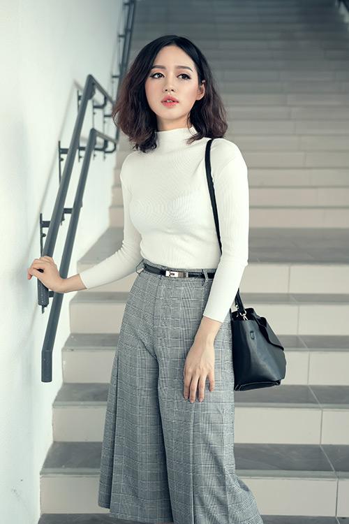 Sao Hàn 16/5: Sự xuất hiện bất ngờ của Song Hye Kyo đã khiến người hâm mộ vô cùng bất ngờ.