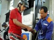Giá xăng có thể giảm thêm do FED tăng lãi suất