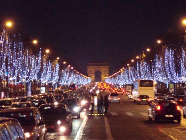 Người Việt tại Pháp đón năm mới thời hậu khủng bố