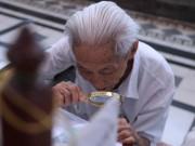 """Clip Eva - Video: Sài Gòn và những ký ức còn lại của """"Quý ông"""" viết hàng vạn lá thư tay"""