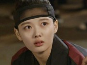 Mây họa ánh trăng tập 16: Có ai ngờ, Kim Yoo Jung lại thoát chết bằng cách này