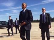 Tin tức - Tổng thống Obama lại tháo nhẫn khi bắt tay người dân Mỹ