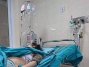 Tin tức - Hà Nội: Đang đi đường, cô gái bị thanh sắt đâm trúng ngực sâu 15cm