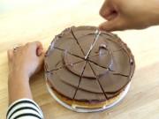 Bếp Eva - Cắt bánh gato đều tăm tắp mà không cần dao