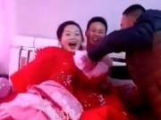 Tin tức - Choáng với khách nam đòi lột đồ cô dâu trong ngày cưới